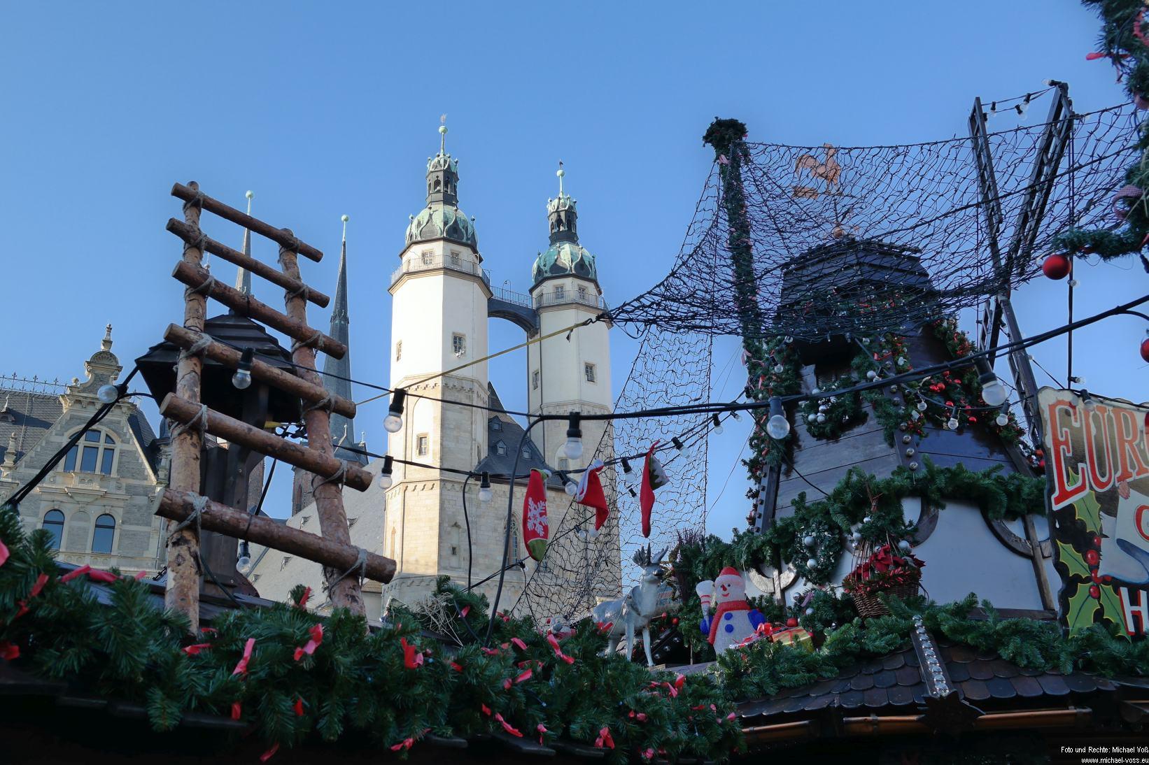 Halle: Weihnachtsmarkt mit Marktkiche (23.11.14)